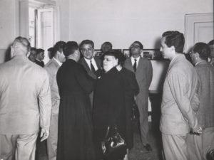 1950-Benefattori in visita all'Istituto