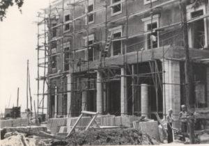 1975-Ristrutturazione